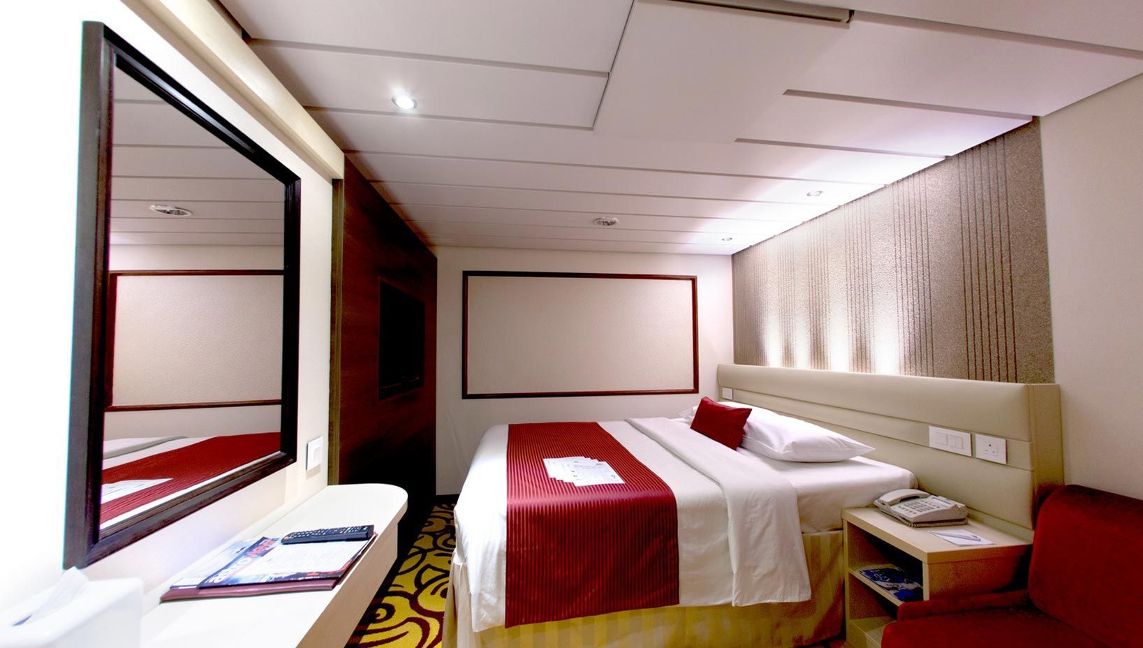 Deluxe Inside Staterooms