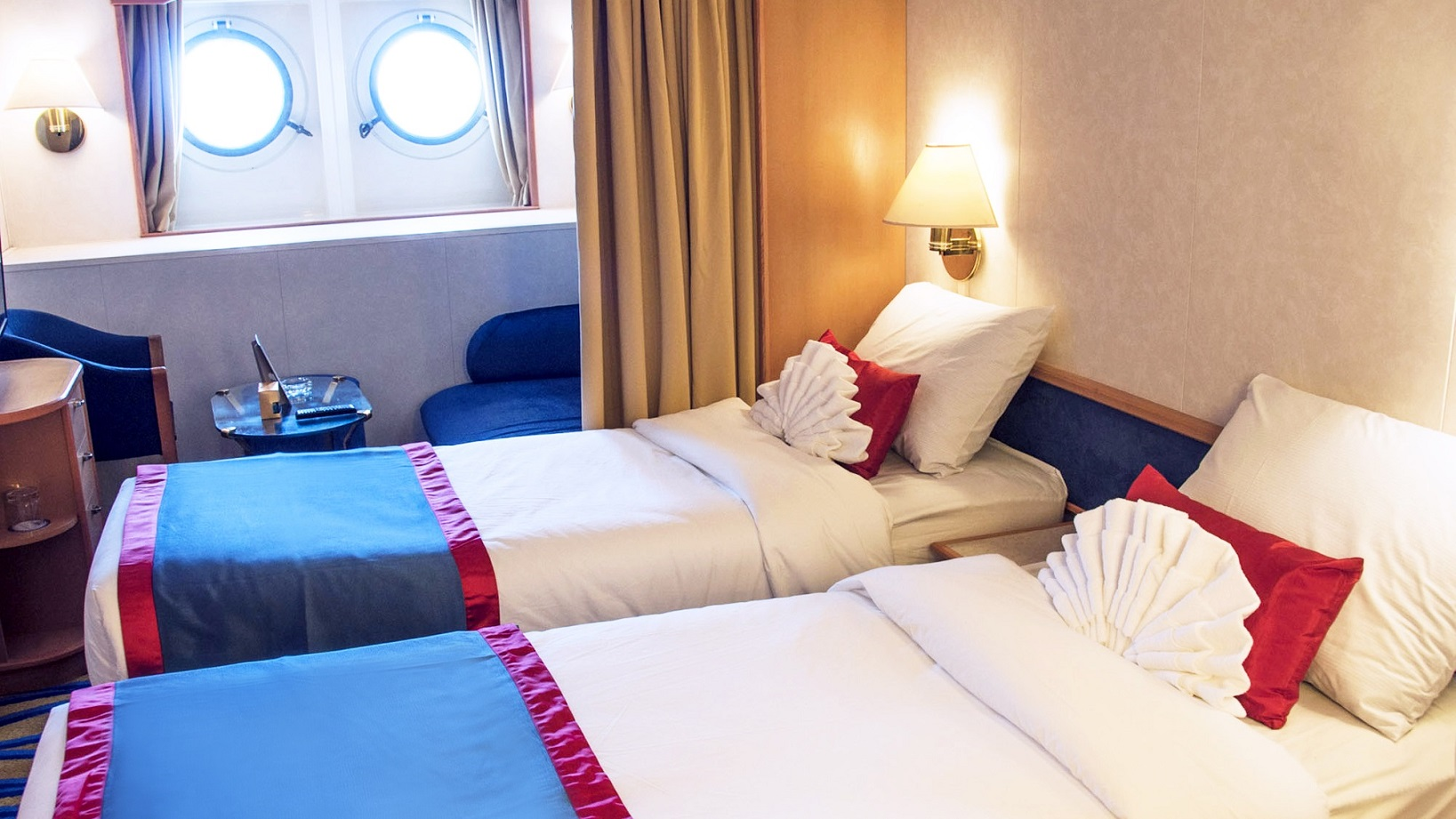 Oceanview Stateroom with Porthole