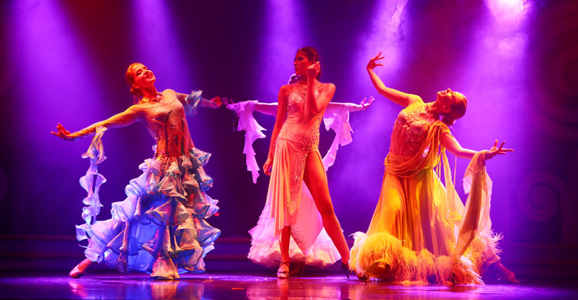Star Cruises Countless On Board Entertainment