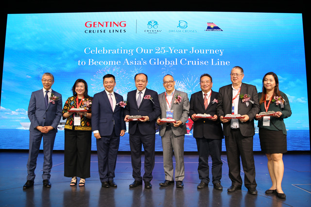 Genting Cruise Lines Celebrates Silver Anniversary In Singapore Star Cruises